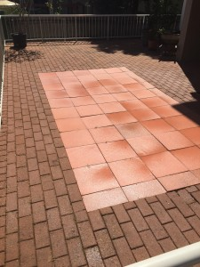 Mudgeeraba Pressur Cleaning |high pressure washing pavers after home outdoor area
