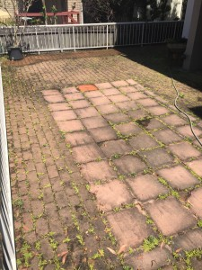 Mudgeeraba pressure cleaning - Clean & Seal of decorative concrete Before